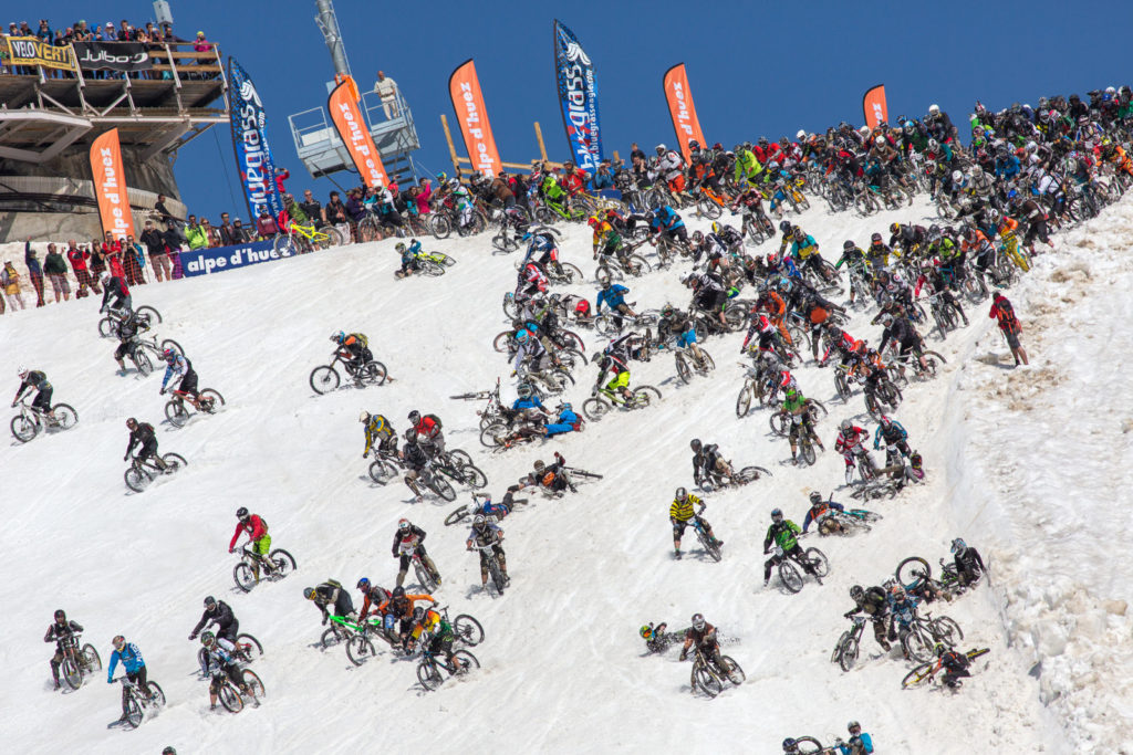 Bike Race - Wide View