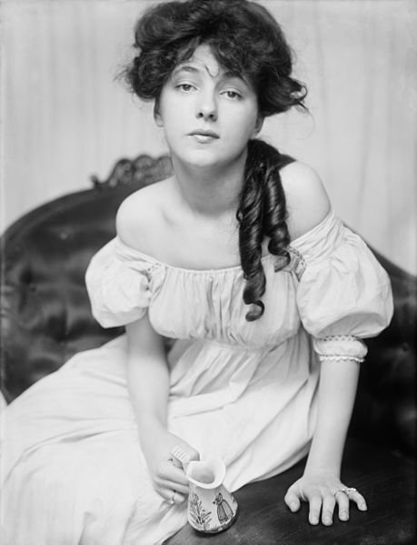 Evelyn_Nesbit_Gibson Girl(1)
