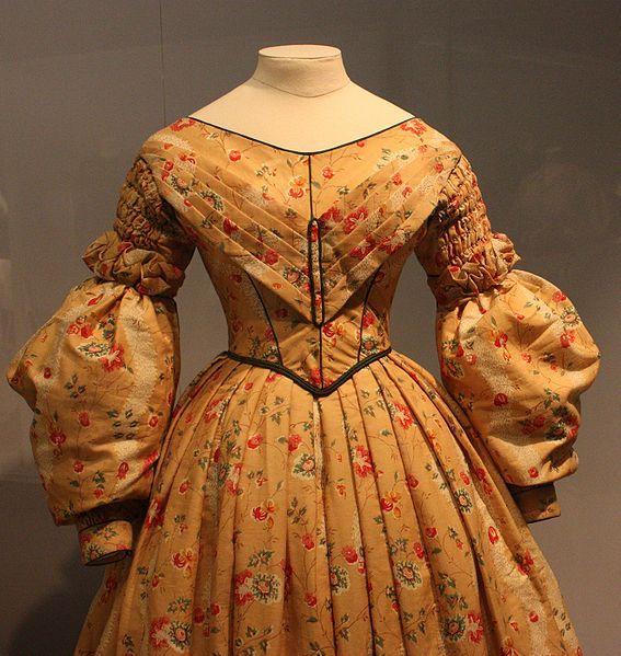 1830s dress(1)